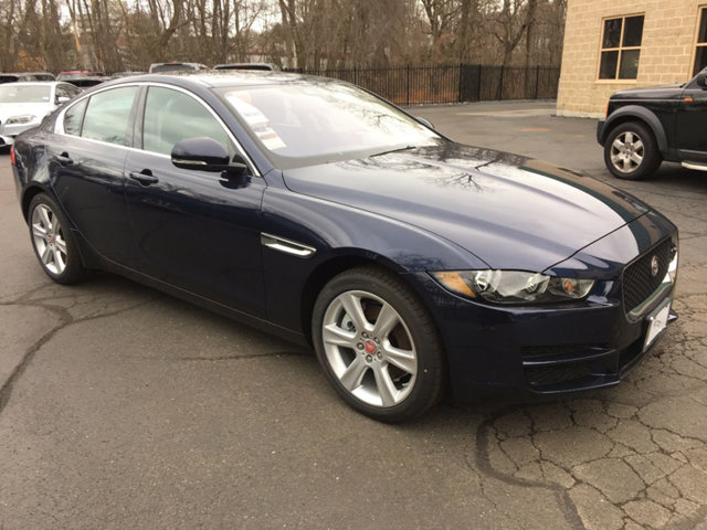 LEASE SPECIAL 2017 JAGUAR XE 20D PRESTIGE AWD – only 1 car available